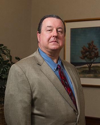 Edgar G. DesChamps III,MD